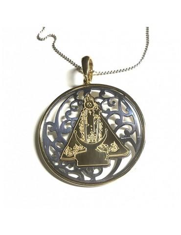 Medalla Virgen Fuensanta bicolor en Plata Ley y Baño de Oro de 18Kt. 40mm