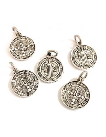 5 Medalla San Benito metal...