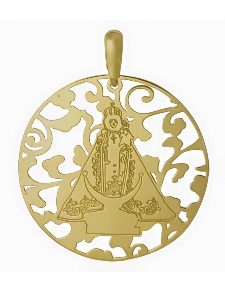 Medalla Virgen Fuensanta en Plata de Ley cubierta por baño de Oro. 25mm