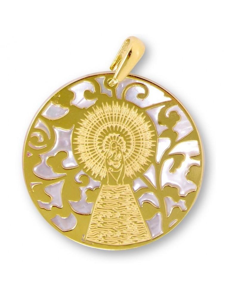 Medalla Virgen Pilar en Plata de Ley con baño de oro y nácar. 20mm