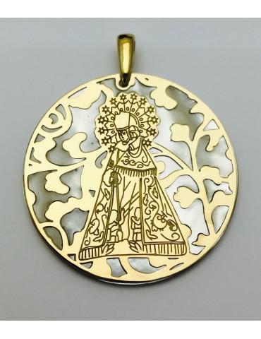 Medalla Virgen de los Desamparados nacar y plata chapada en Oro