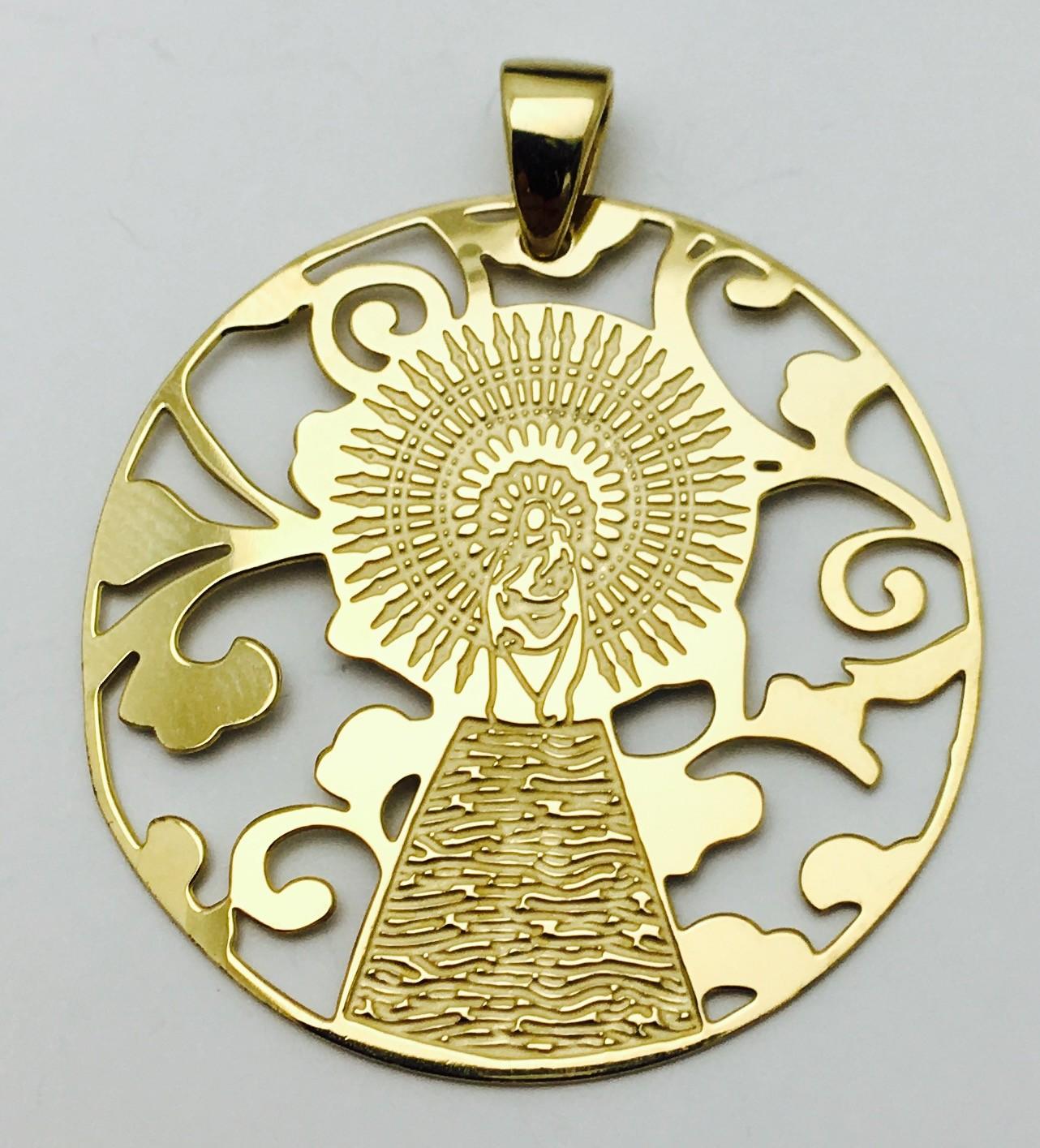 dacc97323e83 Medalla Virgen Pilar en Plata de Ley con baño de oro 25mm - De Bussy Joyas